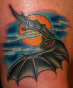 Photos tatouages pictures tattoos 48 Mania tattoo.com Tattoo chauve souris bat
