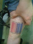 Photos tatouages pictures tattoos 34 Mania tattoo.com Tattoo code barre barcode