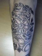 Photos tatouages pictures tattoos 02 Mania tattoo.com Tattoo horloge clock